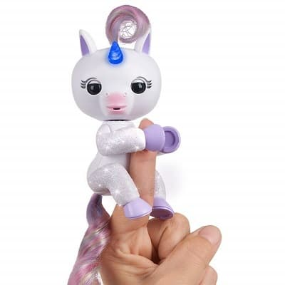 WowWee Fingerlings Light Up Glitter Unicorn