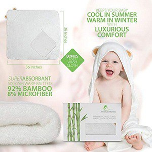 """American Mommy Ultra Plush Thick Bamboo """"Bear Head"""" Hooded Towel"""