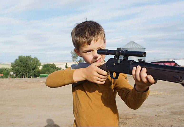 kid using bb gun